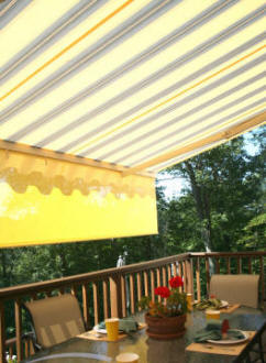 Retractable Patio Awnng with drop valance